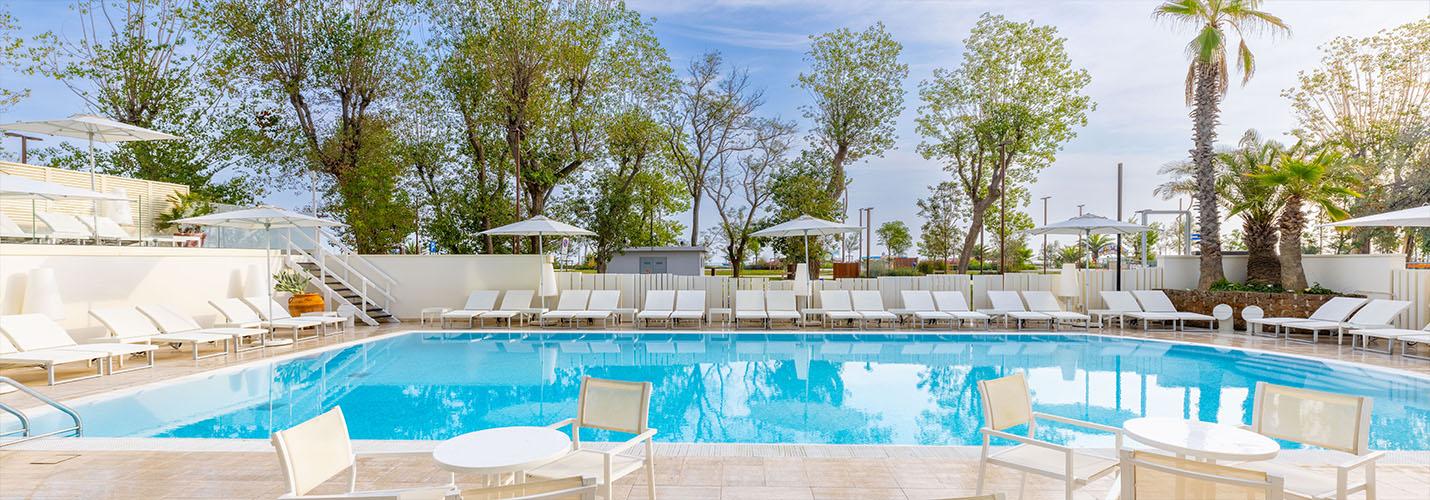 Pool Of 4 Star Hotels In Rimini Hotel Sporting E Dei Congressi